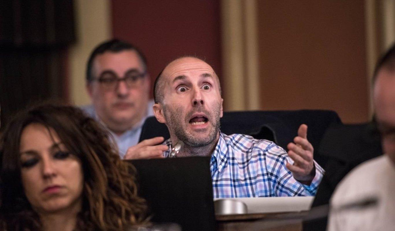 Jácome blequea a todos os ourensans que non sexan seus afines as  informacions públicas sobre o Covid, obligandos a acudir a webs fora do  concello - Xornal Galicia