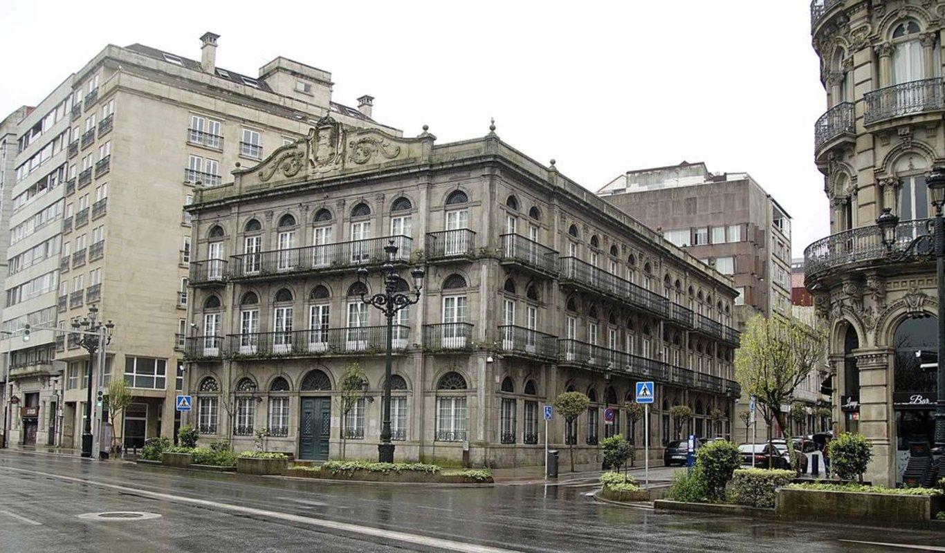 El edificio del antiguo Rectorado y su anexo serán la sede del Consorcio de la Zona Franca.