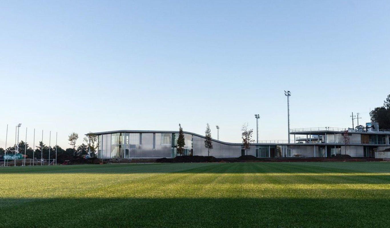 Las nuevas instalaciones de Mos, listas para el acto de inauguración del sábado.