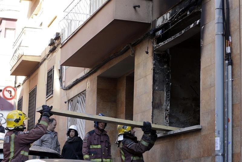 Un muerto y cinco heridos leves en explosión en un piso de Mollet ... - Diario Atlántico