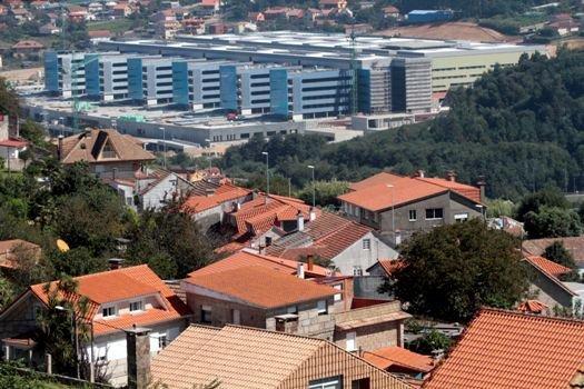 El concello cumple y valida las acometidas del nuevo for Empresas de construccion en vigo