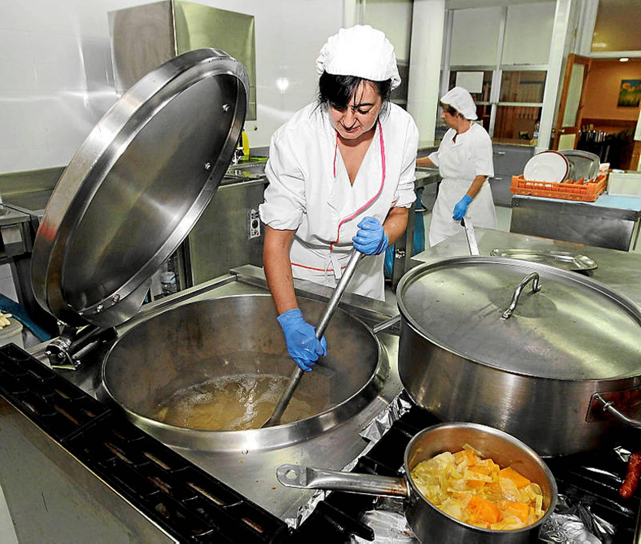 La subida del precio del men vac a los comedores for Comedores escolares bogota