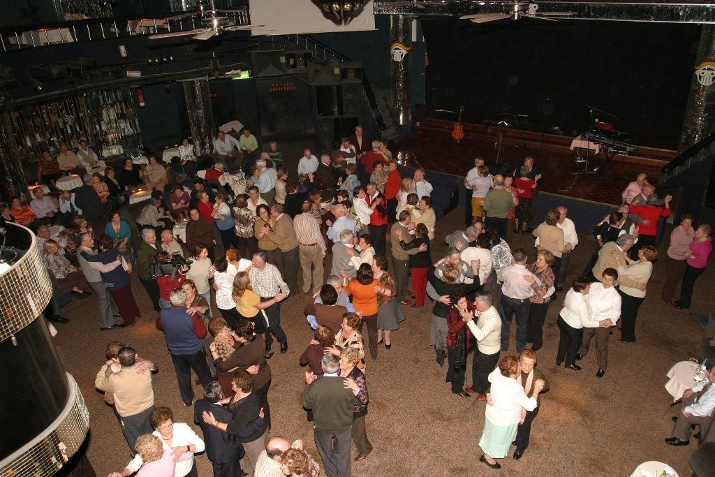 Un 60 de discotecas de vigo y su rea cerraron en 10 a os for Sala queen pontevedra