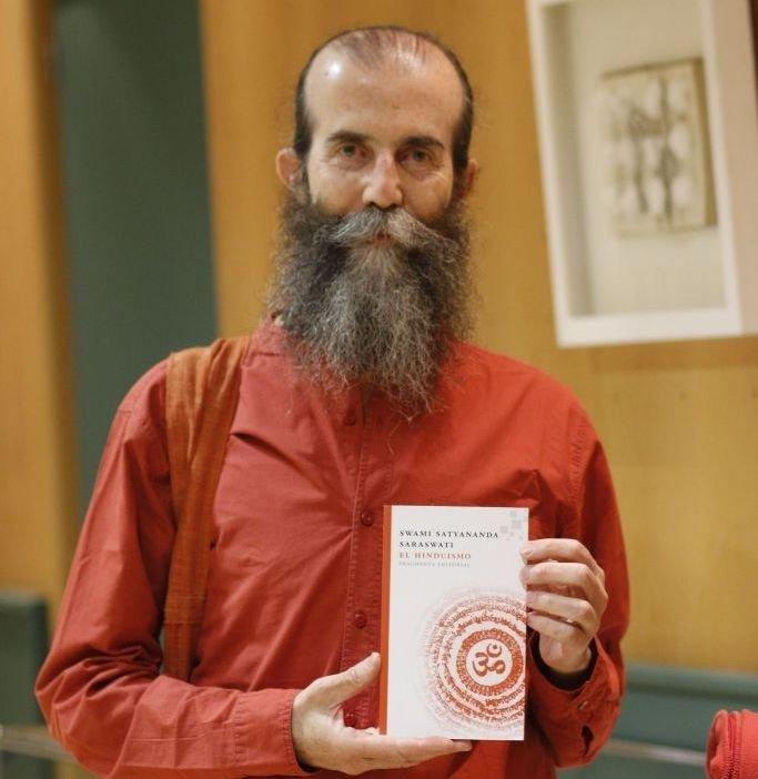 Swami Satyananda.