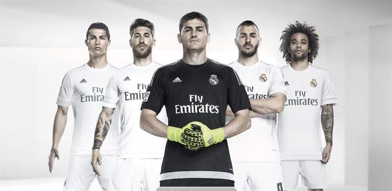 El Real Madrid ha presentado los nuevos diseños que vestirán la próxima temporada  2015-16 4ce829ee074