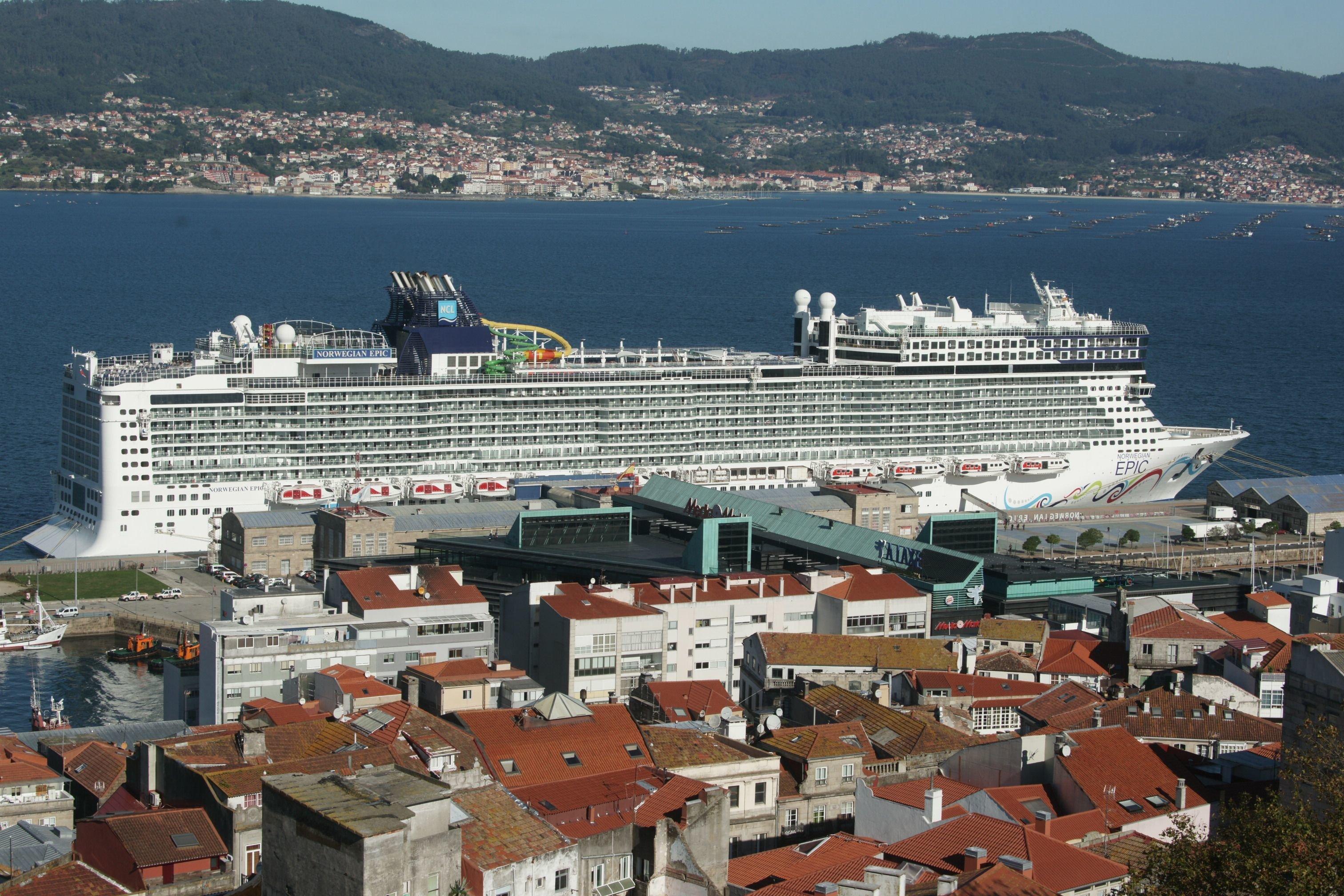 El norwegian epic un crucero gigante estrena el puerto - Puerto de vigo cruceros ...