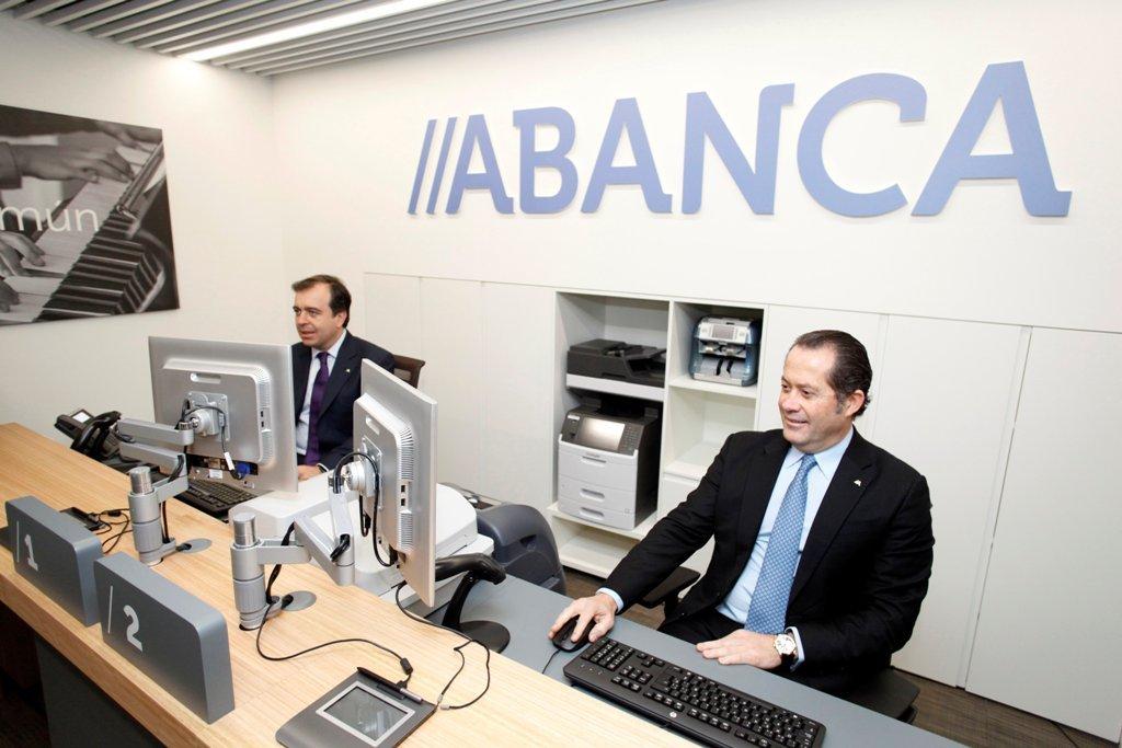 Abanca dispuesta a explorar opciones como compradora for A banca oficinas