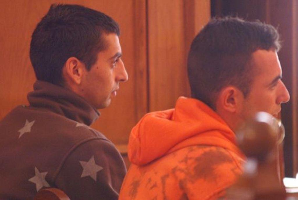 Manuel y Roi, durante el juicio con jurado celebrado en 2009 en la Audiencia.