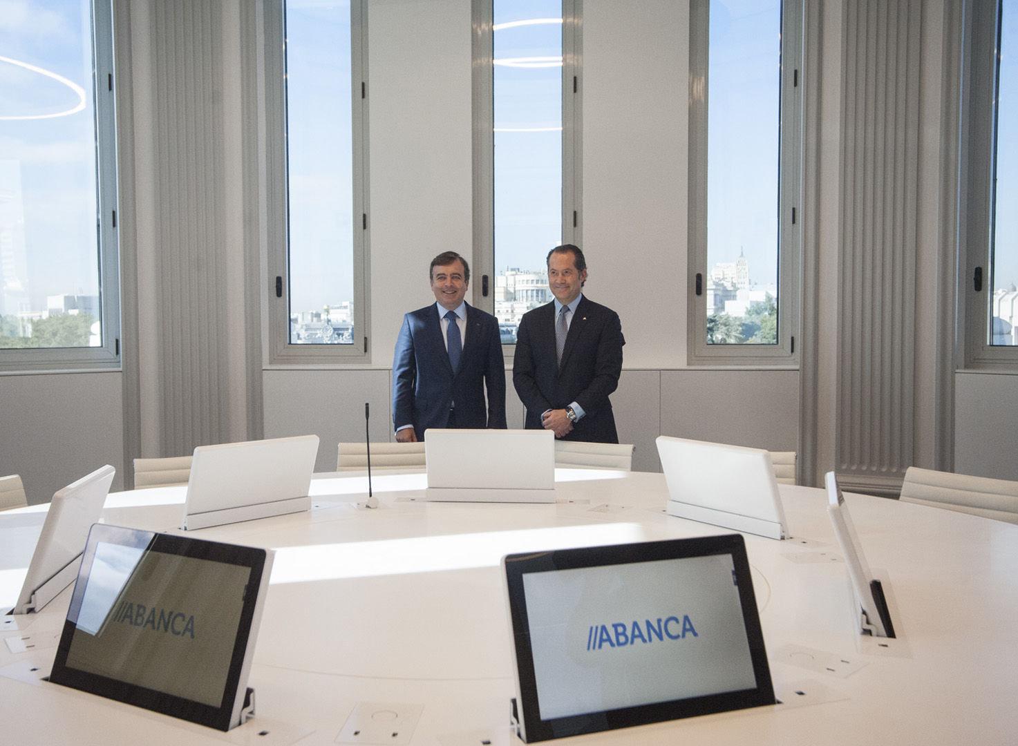 Abanca inaugura en madrid su sede m s tecnol gica e for Oficinas y cajeros