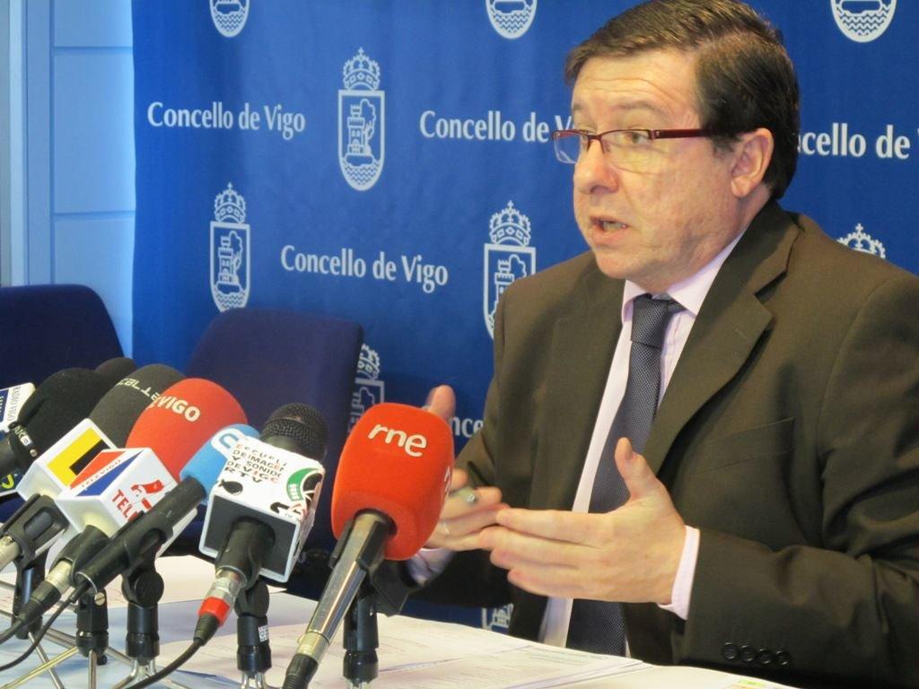 López Font, portavoz del grupo socialista (Foto: EFE).
