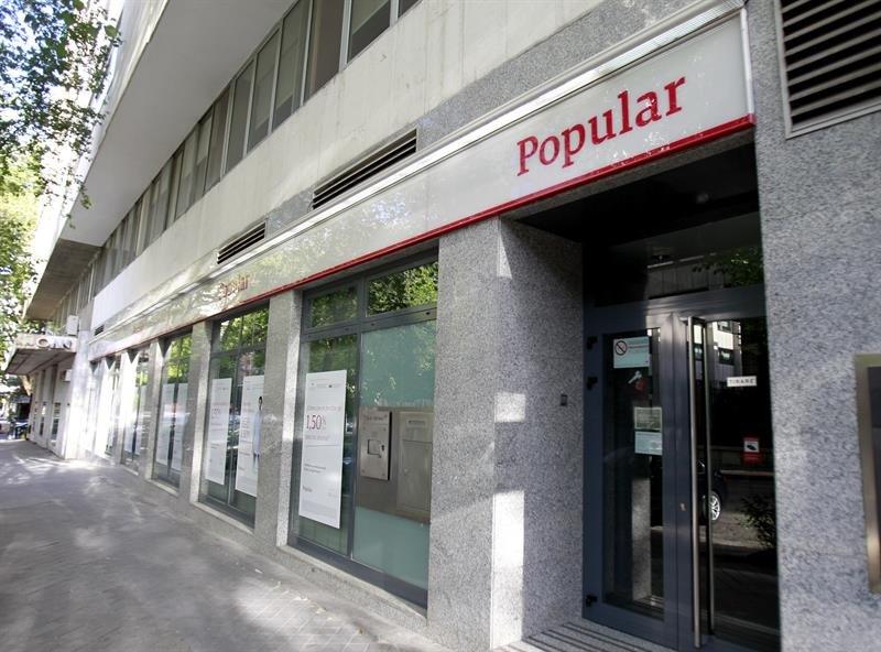 La cnmv suspende la cotizaci n de banco popular econom a for Banco popular bilbao oficinas