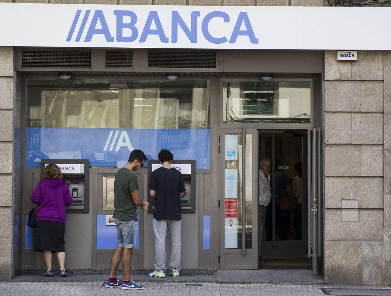 Abanca fortalece su posici n de liderazgo bancario gallego for A banca oficinas