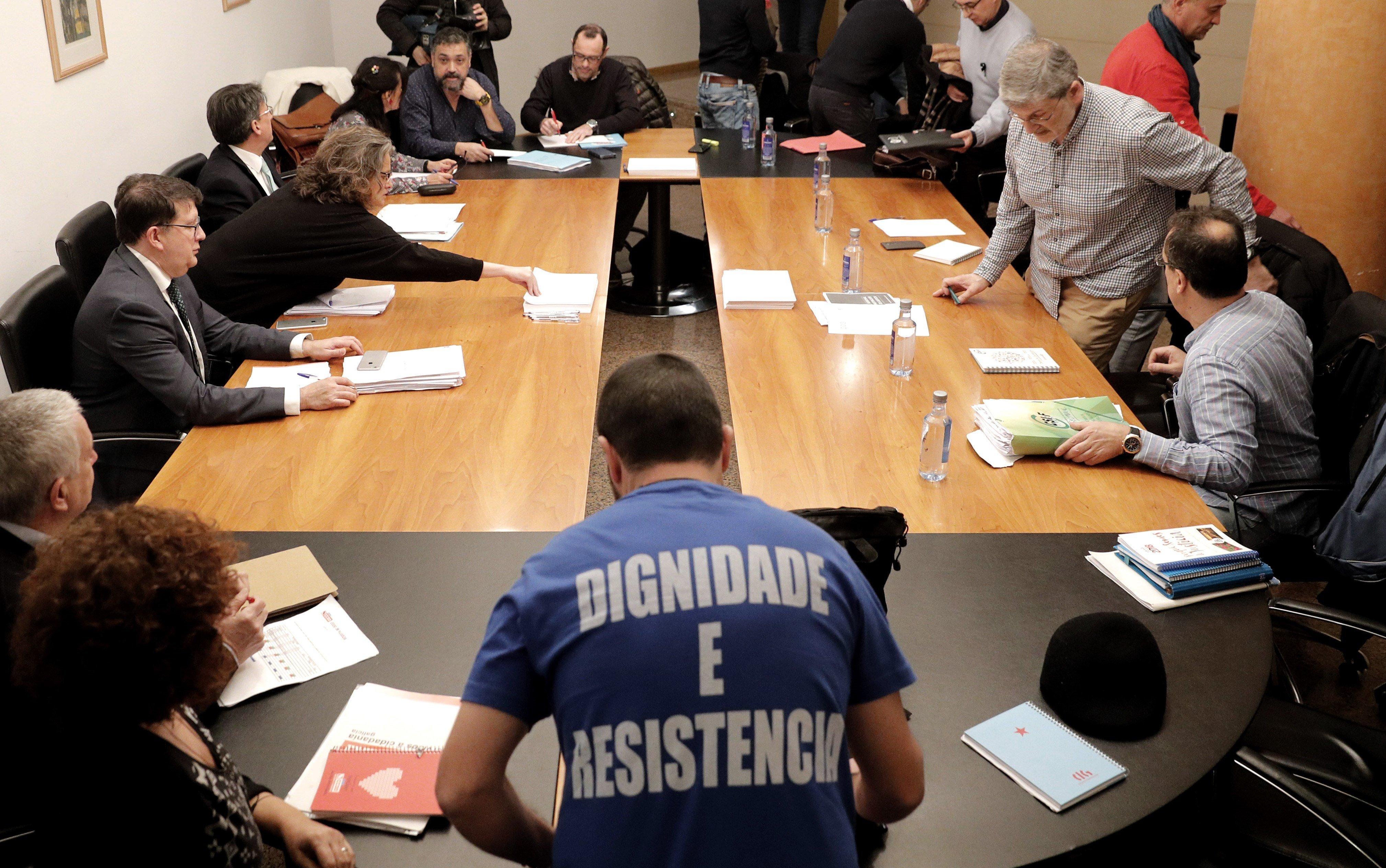 Reunión de Xunta y sindicatos el día 9 de marzo.