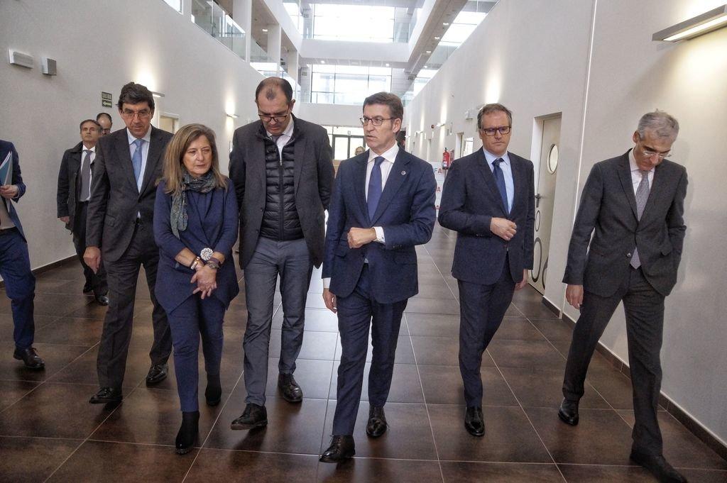 Ignacio López-Chaves, Teresa Pedrosa, Frédéric Puech, Núñez Feijóo, Juan Lloves y Francisco Conde en Nigrán.