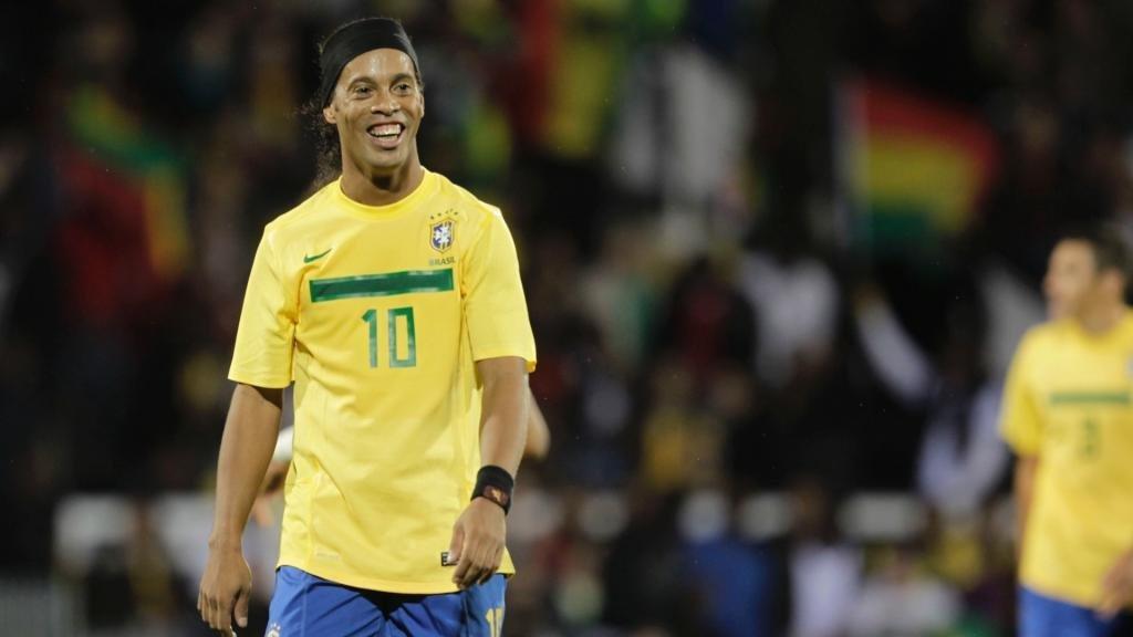 Luego de retirarse del fútbol, Ronaldinho se casará con dos mujeres