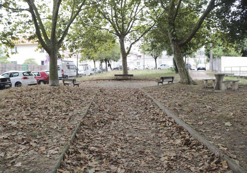 El parque de castro castri o necesita un jardinero vigo for Se necesita jardinero