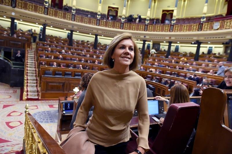 """Resultado de imagen de Cospedal deja su escaño en el Congreso para """"liberar al PP de cualquier ataque"""""""