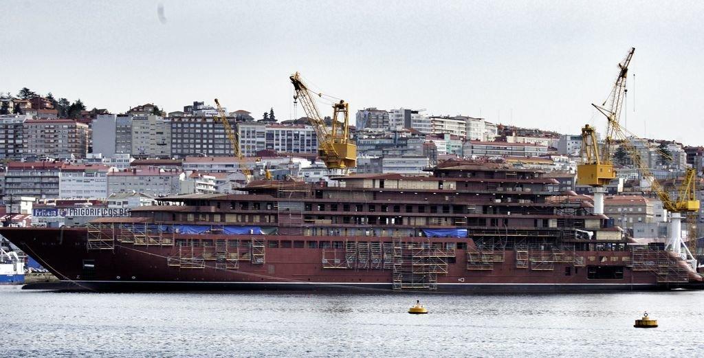 Crucero de lujo que está construyendo Barreras para la compañía norteamericana The Ritz Carlton. Es el primer crucero que se hace en España.