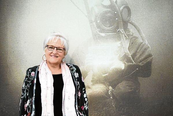 A escritora e xornalista viguesa María Xosé Porteiro, vicevaledora do pobo.