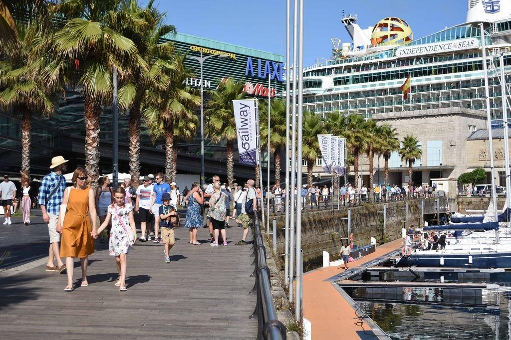Calendario Festivos Vigo 2020.Las Empresas De Cruceristas Piden Una Estrategia En Vigo Para Frenar